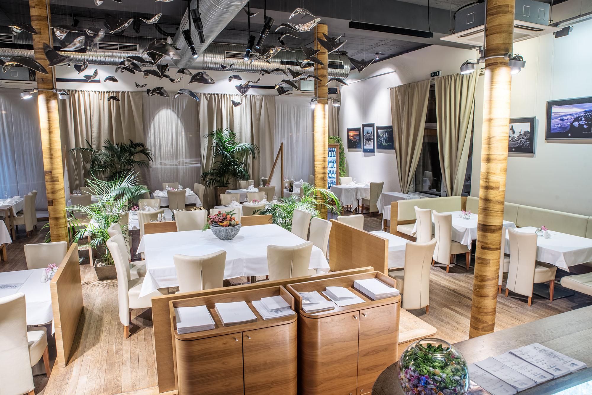 Restaurant design hotel noem arch brno for Design hotel noem arch